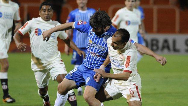 El choque será a las 7:45 p.m. en el estadio Miguel Grau del Callao. (Reuters)