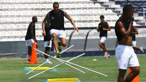 Jesús Rabanal realizó su primera práctica en Alianza Lima. (Daniel Apuy)