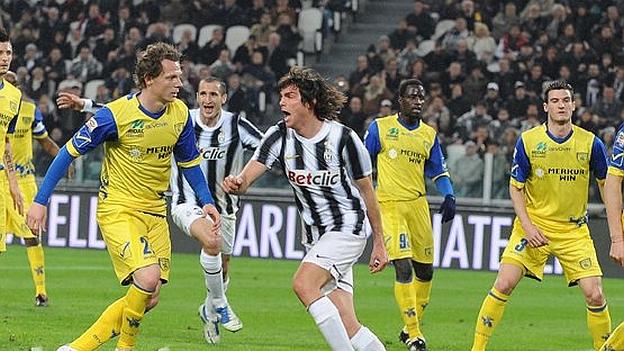 Cruzado lleva 2 partidos como titular en Chievo. (Facebook oficial de Juventus / YouTube)