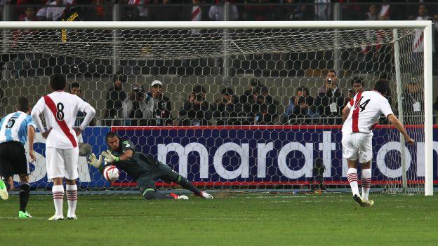 Claudio Pizarro ha jugado en el Werder Bremen, Bayern Munich y Chelsea en el extranjero. (Daniel Apuy)