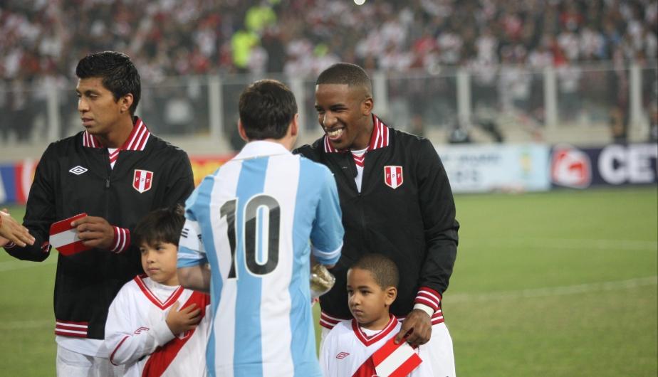 Lionel Messi y Jefferson Farfán son figuras en sus respectivas escuadras.