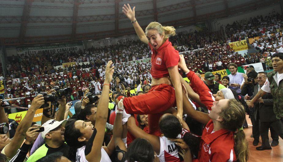 Natalia Malaga celebró a lo grande este campeonato después de 32 años. (Erick Nazario)