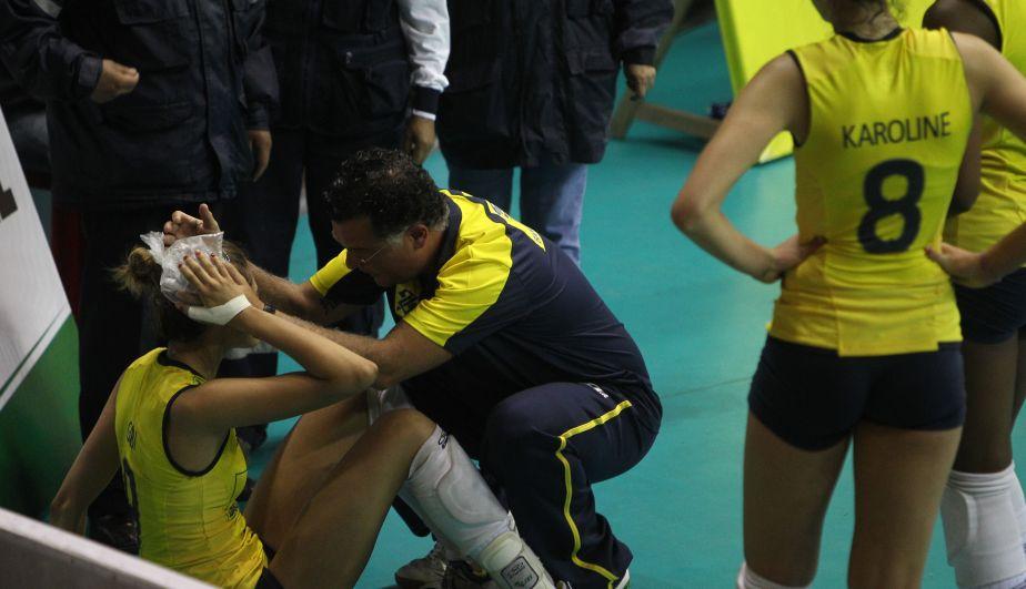 Al final las brasileñas quedaron destrozadas tras perder con Perú en un reñido partido. (Erick Nazario)