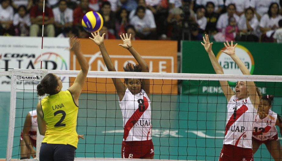 Las chicas ganaron con sets de 25-18,25-20 y 15-10. (Erick Nazario)