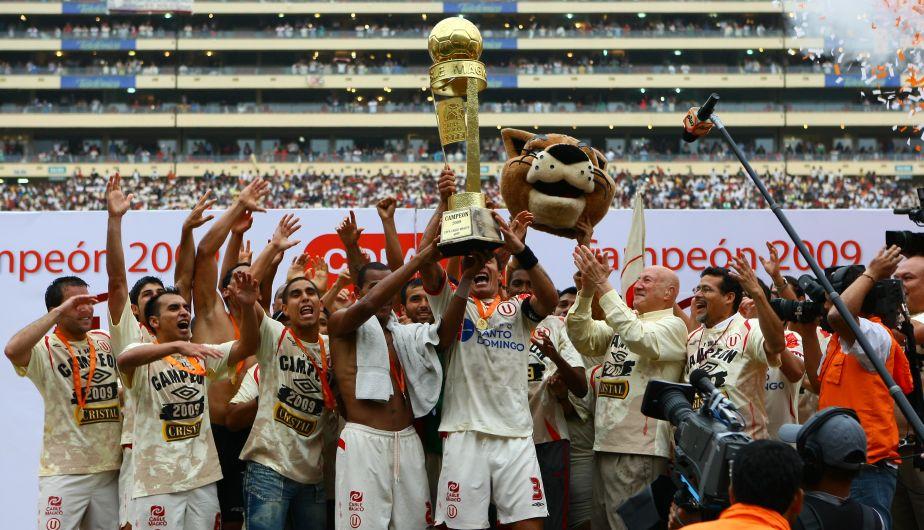 2009: Universitario dio la vuelta tras ganarle las dos finales a Alianza Lima. (USI)