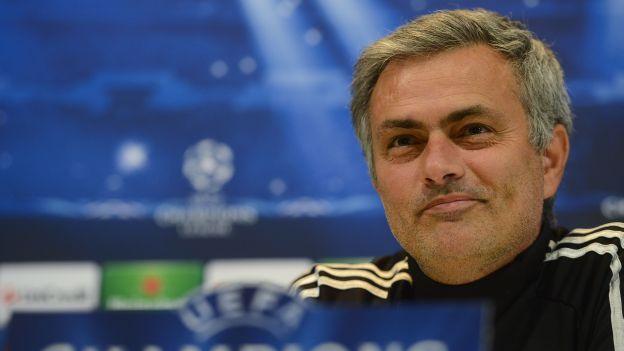 José Mourinho ganó por cuarta vez el trofeo al mejor entrenador de club. (AFP)