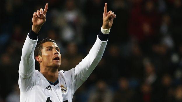 Ronaldo también le marcó dos goles a la Real Sociedad por la Liga BBVA. (Reuters)