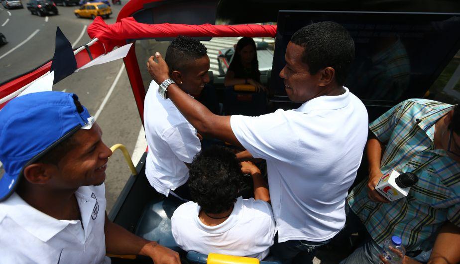 En el bus de Alianza Lima se vivió toda la previa de la presentación. (Daniel Apuy)