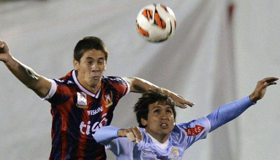 Los paraguayos de Garcilaso fueron las figuras del encuentro. (AFP)
