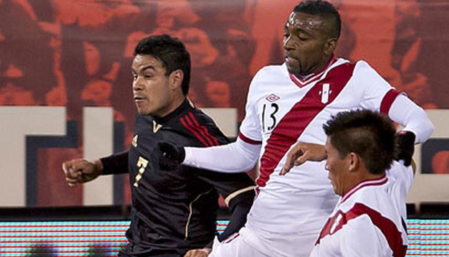 Cristian Benavente y Alexander Callens debutaron con la selección absoluta. (Cancha.com)