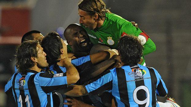 Real Garcilaso ganó el partido de ida con gol de Rolando Bogado. (AFP)