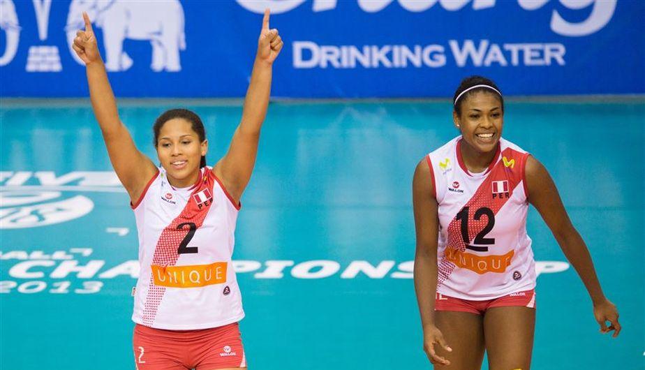 Perú ganó los dos primeros sets y todo el Perú celebraba.