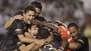 LDU chocar ante Vlez que dirige Gareca. (AP)