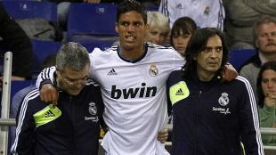 Varane tuvo una gran temporada con el Real Madrid: anul a Drogba, Messi y Van Persie.  (AFP/Marca)
