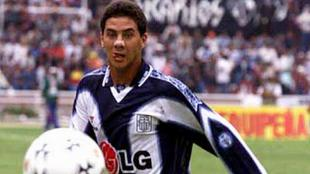Claudio y Waldir jugaron juntos en el Alianza Lima 1999. (Internet)